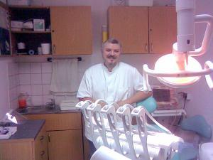 Dr. Hupov Darius